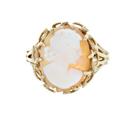 Cameo Estate Ring image 2