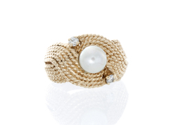 Rope Design Pearl and Diamond Estate Ring image 2