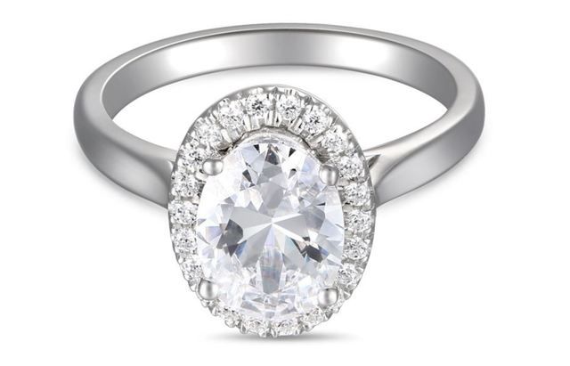 Martin Flyer Oval Halo Engagement Ring image 2