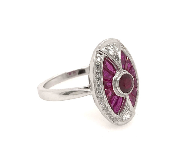 Estate Style Ruby Oval Ring with Diamonds image 2