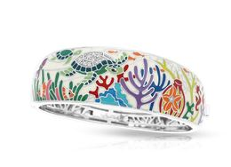 Belle Etoile Sea Turtle Bangle image 2