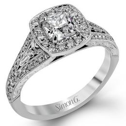 Classic Simon G. Diamond Engagement Ring