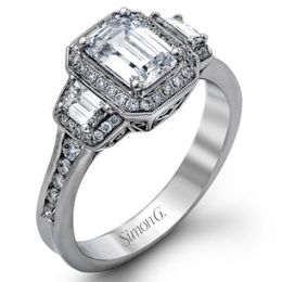 Classic 18K Simon G. Engagement Ring