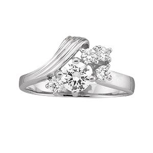 White gold Mothers Ring style 4 with 5 Stones