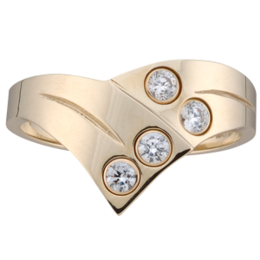 Yellow gold Mothers Ring style 158 with 4 Stones