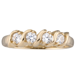 Yellow gold Mothers Ring style 33 with 4 Stones