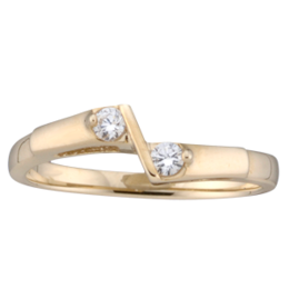 Yellow gold Mothers Ring style 160 with 2 Stones