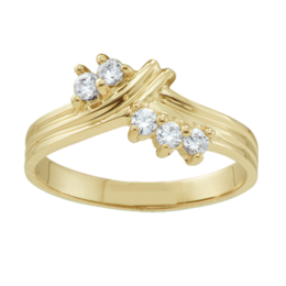 Yellow gold Mothers Ring Style 1 with 5 Stones