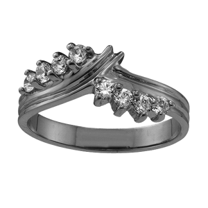 White gold Mothers Ring Style 1 with 8 Stones