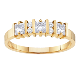 Yellow gold Mothers Ring Style 67 with 3 Stones