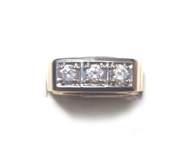 10K Yellow Gold Gents Ring image 2